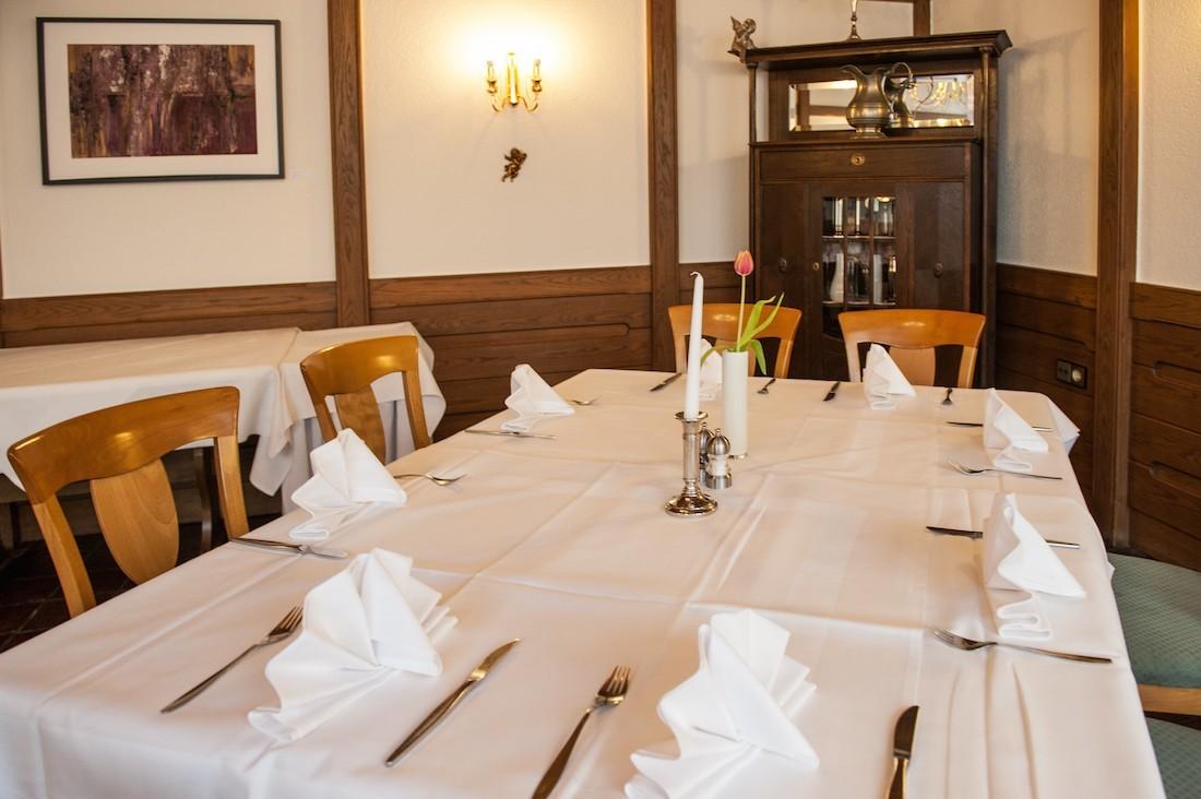 gedeckter Tisch für 6 Personen