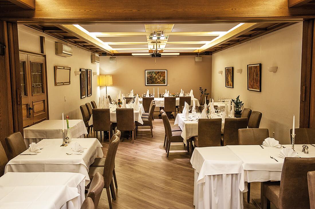Restaurant Stuttgart - festlich gedeckte Tische